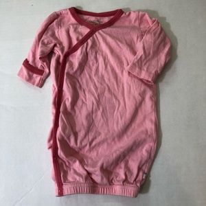 Baby soy pink nightgown